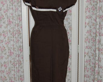 1940's 1950's brown dress with fancy detail.