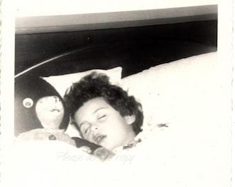 fast asleep  ~ Vintage Photo ~ amateur snapshot photography