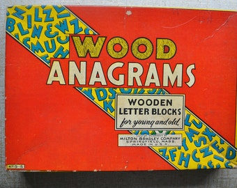 Vintage Wood Anagrams Game 4719-S Milton Bradley. 1930's Great Retro Graphics. Wood Letter Tiles. Instructions. Collectible.
