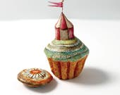 Cupcake Circus| Handmade minature island | Scultpture | Mixed media | Circus | Tents | Banners | Flags | Magic