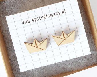 Wooden earrings, origami boat, laser cut studs, minimalist jewelry, post earrings, tiny studs, origami jewellery, geometric, minimal jewelry