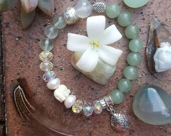 Prenite, fluorite and mop gemstone bracelet