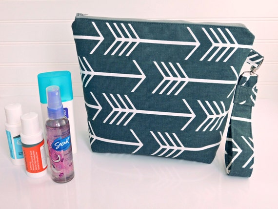 Arrow Clutch Bag, Makeup Bag Large Diaper Bag Organizer, Large Cosmetic Bag, Make Up Bag, Diaper Bag Clutch, Travel Toiletry Bag Makeup Case