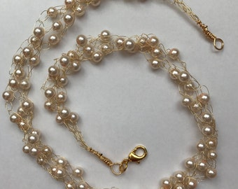 Pink Pearls & Gold Wire Crochet Necklace