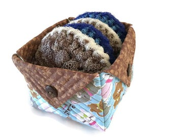Dish Scrubbies/Large Quilted Fabric Box Gift Set, 4 Large Nylon Pot Scrubbers and 1 Quilted Fabric Box,Housewarming Gift,Decor, Gift for Her