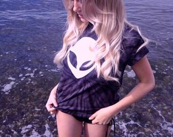 Alien Tshirt • Rave Top • Alien Head Shirt • Tie Dye Alien Shirt • Women's Clothing « cd101black «« (basic, td tee) «