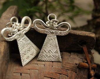 Handmade Hmong Tribal Earrings Hill Tribe Asian Spirit Lock Drop Dangle Light Silver Plate