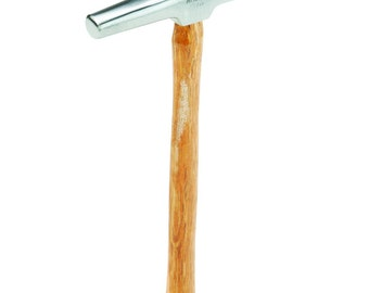 TACK HAMMER 7oz Hardwood Handle magnitized head and a built with a polished steel head and a durable hardwood handle