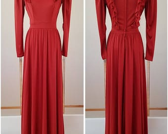 Full length ruffled long sleeve formal dress - medium
