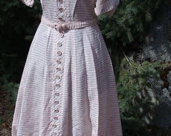 1940s Short Sleeved Pink Silk Dress - Size Medium