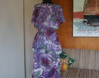 1970's Cathy Gray New York NY Poly Handkerchief Cut Dress with Oversized Purple Roses Size S/M