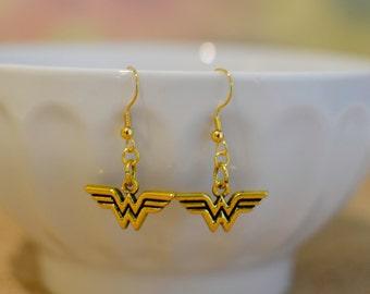 Wonder Woman Jewelry, Wonder Woman Earrings, Superhero Jewelry, Superhero Earrings, Fandom, Fan Gift