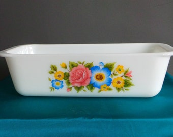 Vintage pyrex - Cottage Garden loaf pan