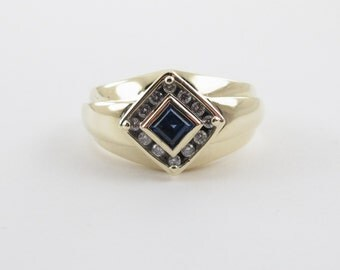 10k Yellow Gold Diamond And Sapphire Men's Ring Size 10 1/4
