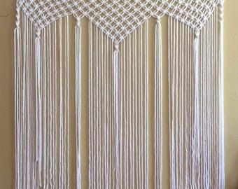 Macrame Curtain / Macrame Backdrop / White Macrame Hanging / Bohemian / Boho Style