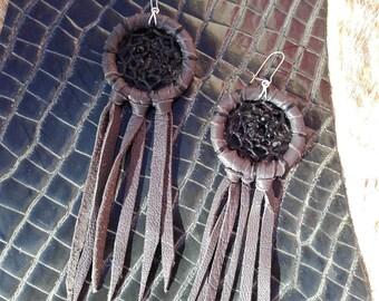 grey leather  dream catcher earrings   - ref BO 24 DC