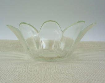 Clear Glass Flower Bowl // Serving Bowl // Candy Dish