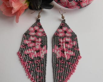 Pink Flower Earrings Long Beaded Earrings Sakura earrings Dangle Earrings Fringe Earrings Long Earrings Floral Earrings Earrings with Miyuki