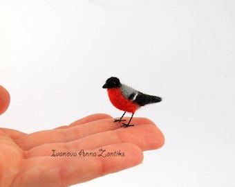 Felted bullfinch, Felted bird,  tiny needle felted, bullfinch miniature, natural toy, soft sculpture, bird miniature, birds for doll house