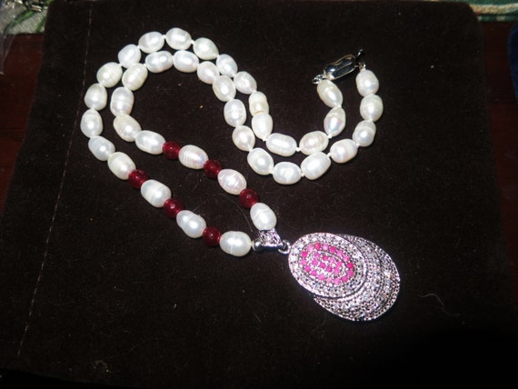 Lovely white freshwater cultured pearl and ruby necklace with rhinestone and ruby pendant