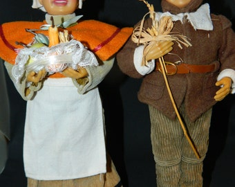 A Pair of Thanksgiving Day Pilgrims~Uniquely Hand Crafted~Perfect for your Fall Decor or Thanksgiving Display Table~Pilgrim Dolls~