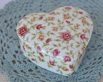 TII Wayzata, Minnesota - Porcelain Heart Shaped Trinket Box - Yellow and Red Roses