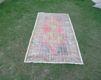 Distressed Turkish Rug, Worn Rug, Low Pile Rug, Vintage Turkish Rug, Turkish Oushak Rug, Handwoven Decorative Rug