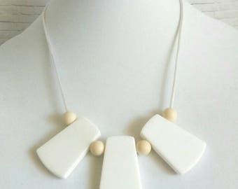 Silicone Teething Necklace for Mom to wear - Breastfeeding Necklace - Nursing Necklace - Babywearing Necklace - baby shower gift