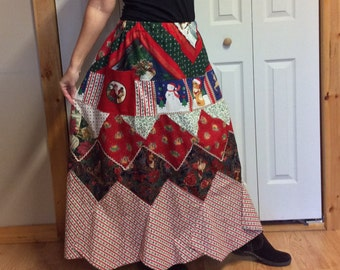 Long Patchwork Skirt with Pockets/Plus Size Skirt/Christmas Prints/A line Cotton Skirt/Red and Green/Holiday/Womens Size XL to 2X Tall
