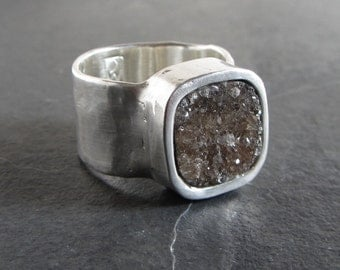 Silver and natural agate druzy ring / size 8.5 / silver ring / rustic ring / artisan ring / statement ring / gemstone ring / wide band ring