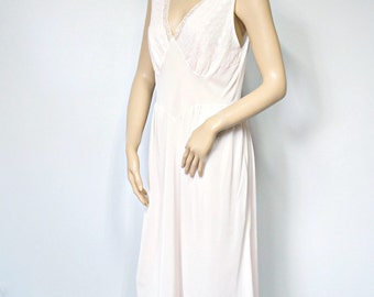 1950's Nightgown Seamprufe Pink Nightgown Pink Tea Length Embroidered Lace Lingerie Size Medium
