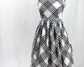 Vintage 1950s Dress | Black and White | Cotton | Medium | Sleeveless | Summer Dress