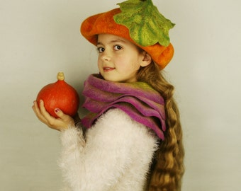 Pumpkin felted hat - Halloween pumpkin hat - Orange pumpkin hat with leaf - Halloween hat - Halloween Costume - Pumpkin Halloween costume