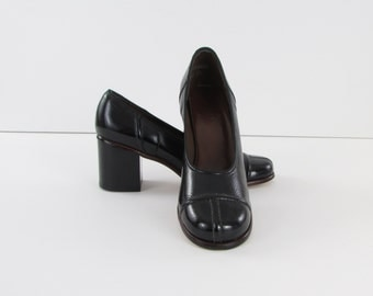 Black Patent Leather Pumps - Vintage 1970s Stacked Heels  in 6.5 US or 37 Euro - NOS by Salon Bermi