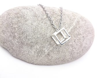 Silver tiny cube Necklace geometric stainless steel chain//Silver plated 925 brass cube pendant 3D minimal geometric necklace//Cube necklace