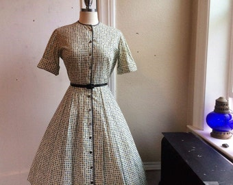 1950s Geometric Flower Print Cotton Shirtwaist Dress with Full Skirt