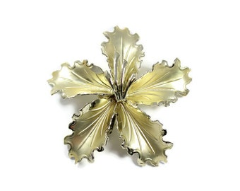 Vintage large lily brooch, goldtone lily pin, big flower, statement brooch, metal flower, lily pin, flower pin, Sperabo Rose, 3D flower