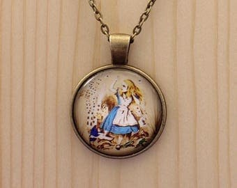 Alice in Wonderland necklace / Alice in wonderland jewelry / Alice in Wonderland jewellery