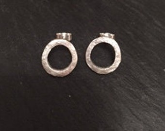 hammerd silver square wire  open circle earrings
