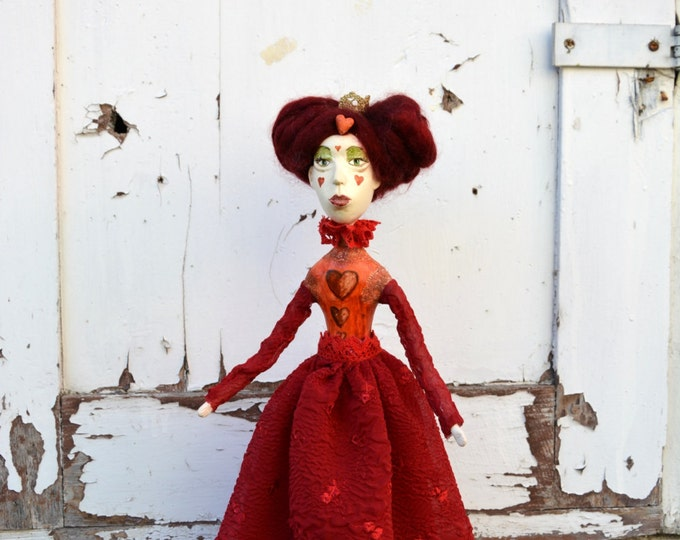 queen of hearts paper art doll! the graphics fairy