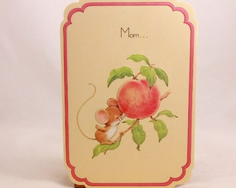 Mothers Day Greeting Card and Envelope. Love 'n Kisses by Drawing Board. Cute Mouse