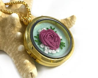 Rose Necklace, Romantic Jewelry, Botanical Necklace, Pink Floral Necklace, Nature Lover Gift, Nature Inspired, Floral Jewelry,Nature Jewelry