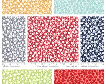 PRE ORDER Fat Quarter bundle of The Good Life Carefree Print by Bonnie and Camille for Moda 55156