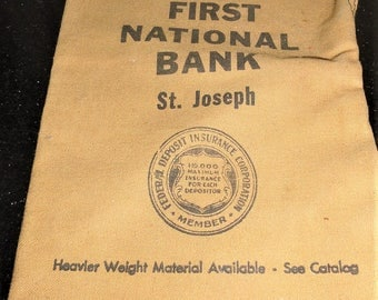 Vintage Fabrik-ad No. 8910 First National Bank St. Joseph Zippered Money Bank Bag