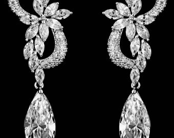 New CZ A+++  Crystal & Rhinestone Chandelier 2 '' Floral Vine Pierced Earring