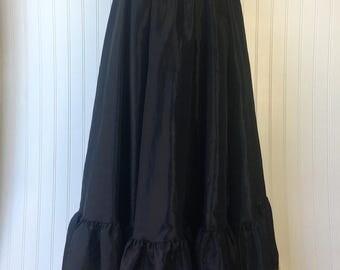 Black Full Ruffled Hem Long Skirt