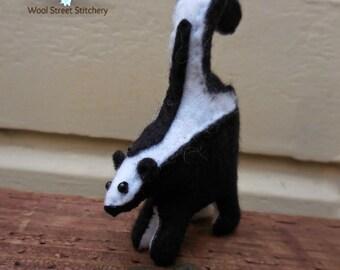 Small handmade skunk, felt stuffed skunk, woodland animal, animal gift, soft toy, felt stuffed animal
