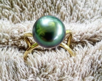 Infinity Black Pearl ring- Pearl rings- Tahitian Pearl rings- peacock pearl ring, Beach jewelry. Any size from 7 through 12