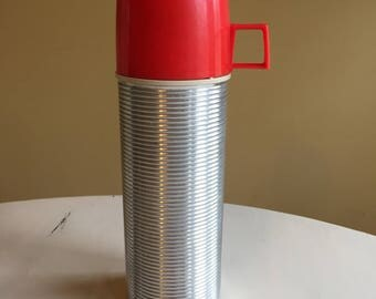 Retro Ribbed Aluminum Thermos Red Lid