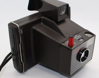 Polaroid Land Camera Super Swinger – Very Good Condition - Untested with film, but working shutter c. 1970s